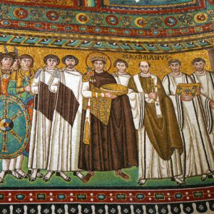 Mosaic of Emperor Justinian and his retinue in Basilica San Vitale in Ravenna, Italy..jpg
