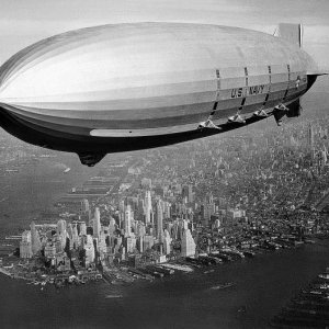 USS Macon Airship over New York City in 1933